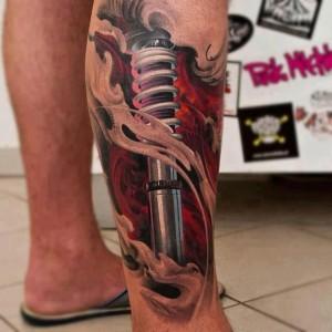 Фото: Татуировка на ноге