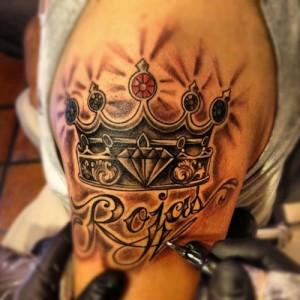 Фото: Татуировка на плече